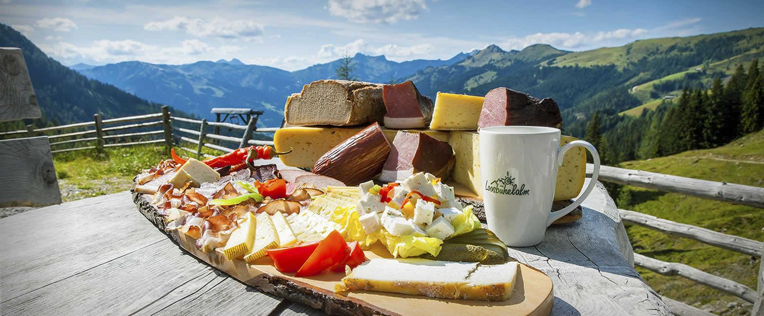 Hofeigene Produkte im Urlaub auf der Alm auf der Loosbühelalm in Großarl, Großarltal - Arler Naturkosmetik